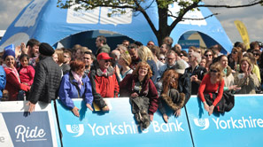 Road side spectators at Tour de Yorkshire